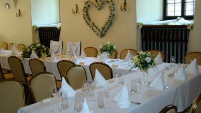 Dekoracja stołu weselnego - 104 400x225