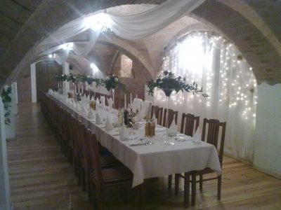 Dekoracja stołu weselnego - 105 400x300