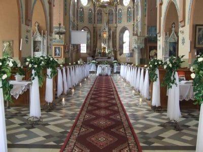 Dekoracja kościoła na ślub - galeria 476 400x300