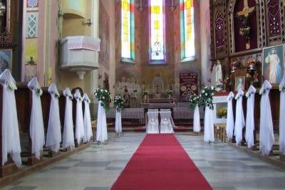 Dekoracja kościoła na ślub - galeria 488 400x267