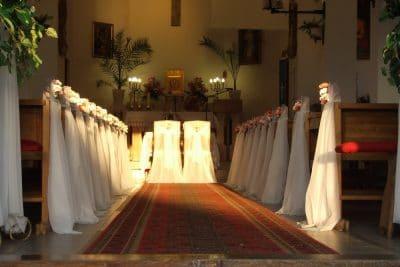 Dekoracja kościoła na ślub - galeria 494 400x267