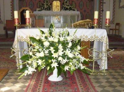 Dekoracja kościoła na ślub - galeria 503 400x297