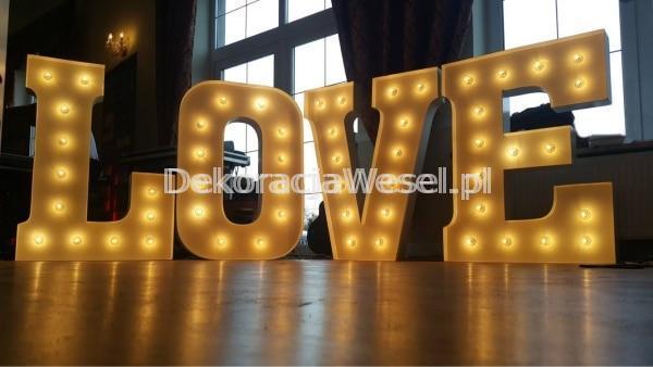 Napis LOVE na wesele i sesję zdjęciową - news 15