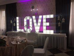 Napis LOVE na wesele i sesję zdjęciową - IMG 2540 250x187