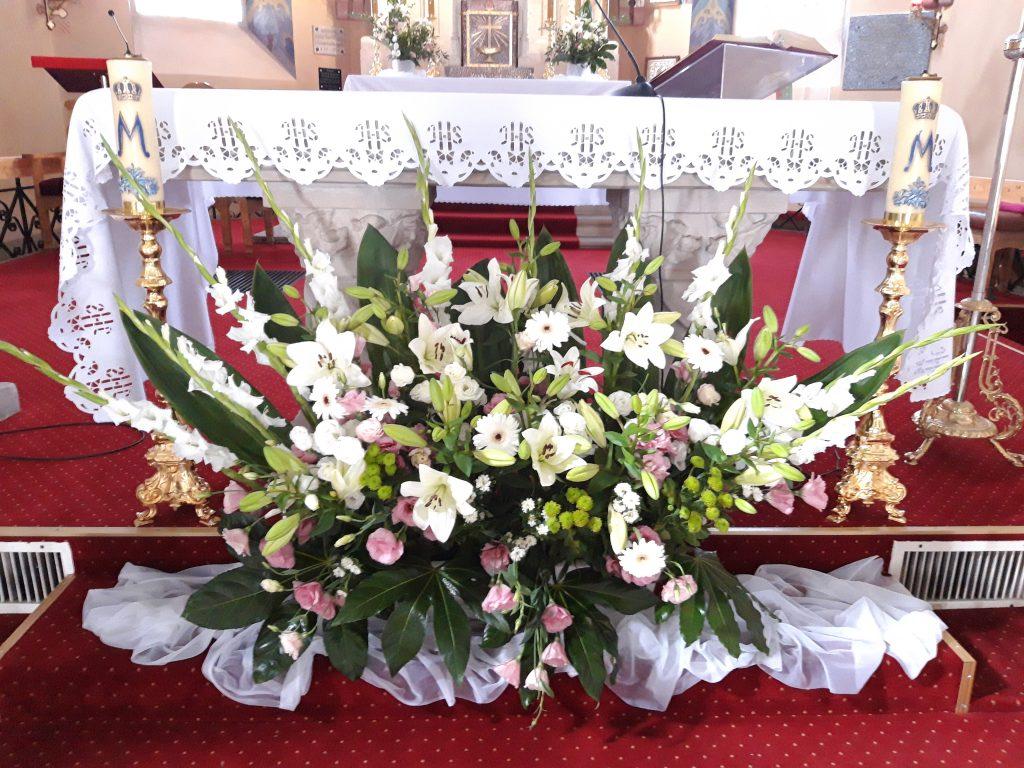 Dekoracja kościoła na ślub -  - 20190824 140203 1024x768